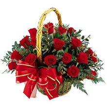 cos-cu-15-trandafiri-rosii.jpg