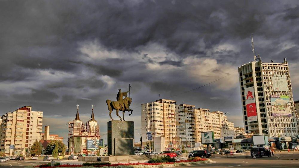 Orasul meu...BACAU-ROMANIA! by tania.mihalcea.7 on YouPic