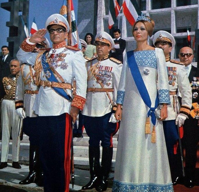 dress of farah diba - Google Search | Farah pahlavi style, The shah of  iran, Farah diba