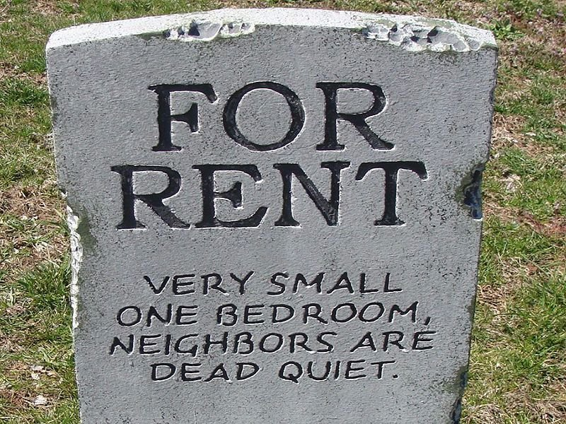 Hilarious Headstones That Had Us In Stitches