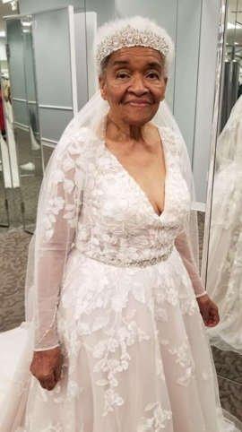 a woman in a wedding dress: Erica Tucker/Facebook