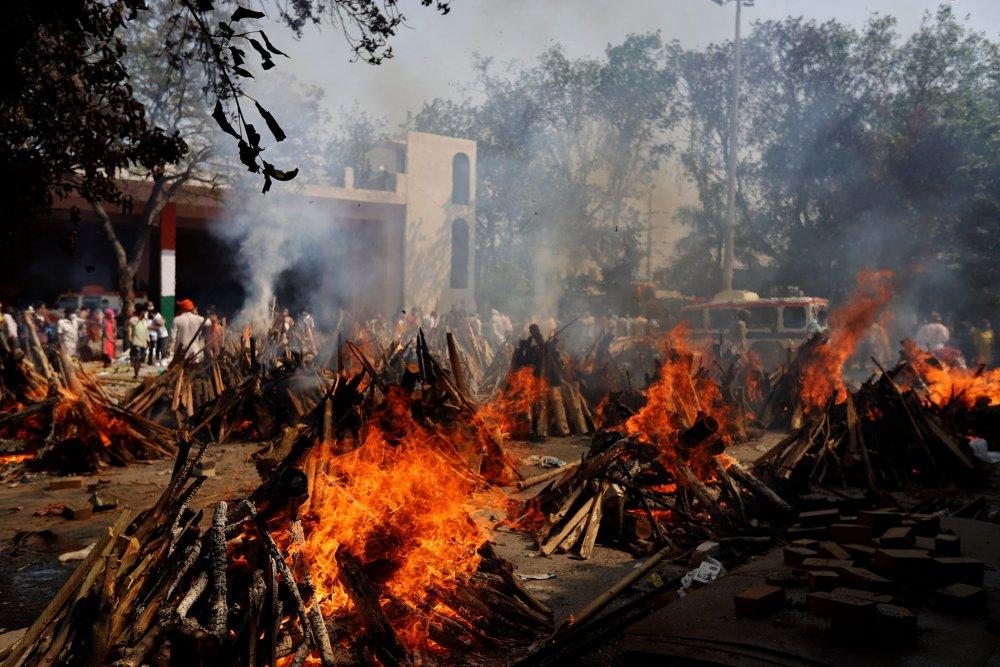 india-covid-deaths.jpg