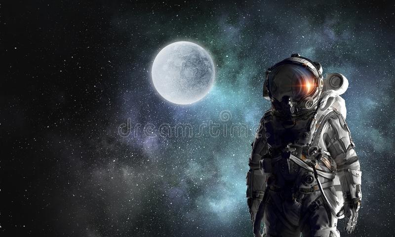 explorador-del-astronauta-en-espacio-t%C3%A9cnicas-mixtas-113194446.jpg