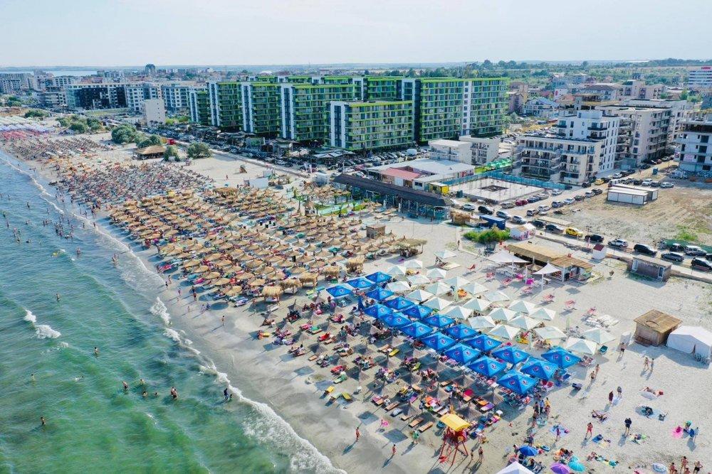 Cum a reușit Năvodariul să ia fața Mamaiei: plaje cu nisip fin, apa mării  sigură pentru copii și parcare gratuită | Constanța de Azi
