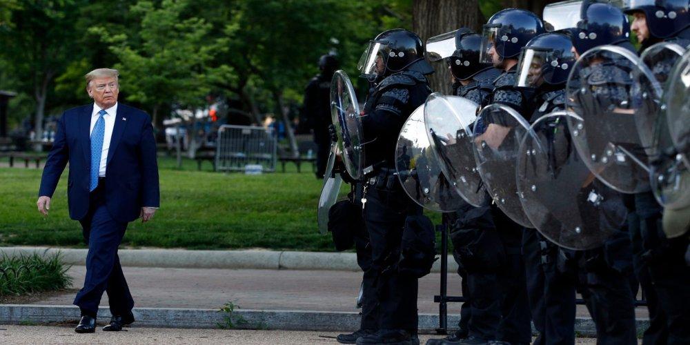 10f42a6f-f586-4e42-b1cc-fb72af3d6eda-AP_America_Protests_Washington_Photo_Gallery.jpg?crop=4086,2299,x0,y207&width=1600&height=800&format=pjpg&auto=webp